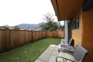 """Photo 20: 6 38447 BUCKLEY Avenue in Squamish: Downtown SQ Townhouse for sale in """"ARBUTUS GROVE"""" : MLS®# R2330599"""