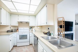 """Photo 6: 3316 FLAGSTAFF Place in Vancouver: Champlain Heights Townhouse for sale in """"COMPASS POINT"""" (Vancouver East)  : MLS®# R2336414"""