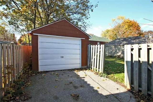 Photo 13: Photos: Main 50 S Wilson Road in Oshawa: Central House (Bungalow) for lease : MLS®# E3980743