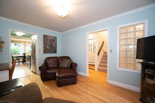"""Photo 10: 104 235 KEITH Road in West Vancouver: Cedardale Townhouse for sale in """"SPURAWAY GARDENS"""" : MLS®# R2518546"""
