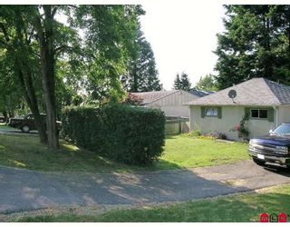 Photo 10: 14093 114TH Avenue in Surrey: Bolivar Heights House for sale (North Surrey)  : MLS®# F2821058
