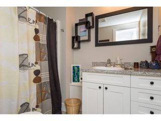 """Photo 16: 101 1840 160 Street in Surrey: King George Corridor Manufactured Home for sale in """"Breakaway Bays"""" (South Surrey White Rock)  : MLS®# R2215928"""