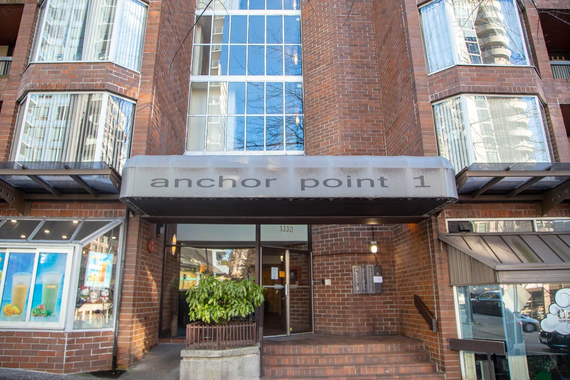 """Main Photo: 408 1330 BURRARD Street in Vancouver: Downtown VW Condo for sale in """"Anchor Point 1"""" (Vancouver West)  : MLS®# R2613390"""
