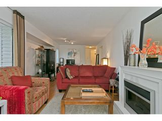 """Photo 19: 101 1341 GEORGE Street: White Rock Condo for sale in """"Oceanview"""" (South Surrey White Rock)  : MLS®# R2600581"""