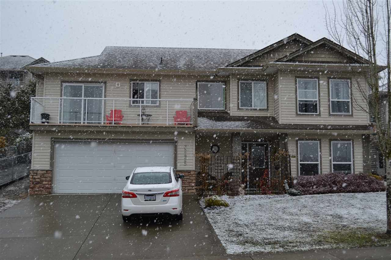 """Main Photo: 32425 BADGER Avenue in Mission: Mission BC House for sale in """"WEST HEIGHTS- WEST CEDAR"""" : MLS®# R2145188"""