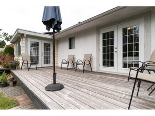 Photo 3: 15658 BROOME Road in Surrey: King George Corridor House for sale (South Surrey White Rock)  : MLS®# R2376769