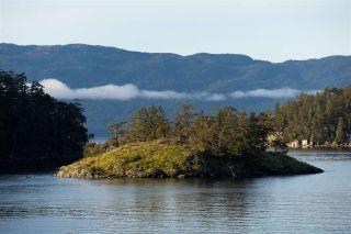 "Photo 2: Lot 13 FLAGSHIP Road in Garden Bay: Pender Harbour Egmont Land for sale in ""Pender Harbour Landing"" (Sunshine Coast)  : MLS®# R2335730"