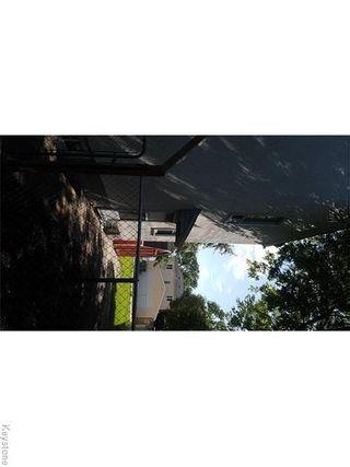 Photo 2: 258 Enniskillen Avenue in Winnipeg: West Kildonan Residential for sale (4D)  : MLS®# 1622455