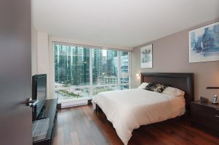 "Photo 11: 803 590 NICOLA Street in Vancouver: Coal Harbour Condo for sale in ""CASCINA"" (Vancouver West)  : MLS®# R2045601"