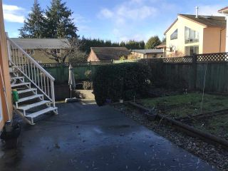 """Photo 3: 5263 WOODSWORTH Street in Burnaby: Central BN House for sale in """"Burnaby Hospital"""" (Burnaby North)  : MLS®# R2537096"""