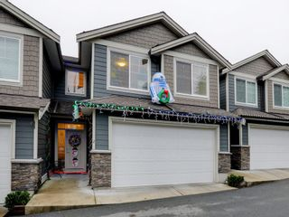 Photo 1: 2 11384 BURNETT STREET in Maple Ridge: East Central Townhouse for sale : MLS®# R2228713