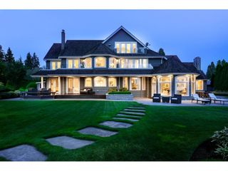 Photo 1: 2122 INDIAN FORT Drive in Surrey: Crescent Bch Ocean Pk. House for sale (South Surrey White Rock)  : MLS®# R2395007