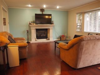 Photo 2: 11368 133A Street in Surrey: Bolivar Heights House for sale (North Surrey)  : MLS®# R2331811