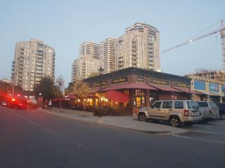 Photo 3: 101 1015 COLUMBIA Street in New Westminster: Downtown NW Retail for lease : MLS®# C8035203