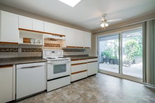 """Photo 10: 21 2590 AUSTIN Avenue in Coquitlam: Coquitlam East Townhouse for sale in """"Austin Woods"""" : MLS®# R2600814"""