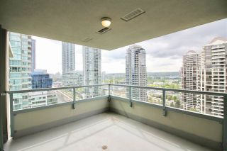 "Photo 13: 1804 4388 BUCHANAN Street in Burnaby: Brentwood Park Condo for sale in ""BUCHANAN WEST"" (Burnaby North)  : MLS®# R2367103"