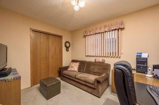 Photo 13: 23 CEDARBROOK Close SW in Calgary: Cedarbrae Detached for sale : MLS®# C4247711