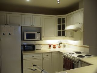 Photo 14: 200 5835 HAMPTON Place in St. James House: Home for sale : MLS®# V984509