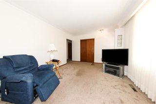 Photo 5: 62 Weaver Bay in Winnipeg: St Vital Residential for sale (2C)  : MLS®# 202109137