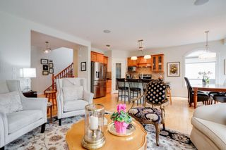 Photo 7: 19 Discovery Ridge Gardens SW in Calgary: Discovery Ridge Detached for sale : MLS®# A1116891