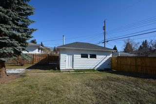 Photo 4: 2708 17A Street NW in Calgary: Capitol Hill Detached for sale : MLS®# A1094236