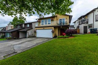 Photo 2: 2330 WAKEFIELD Drive in Langley: Langley City House for sale : MLS®# R2586582