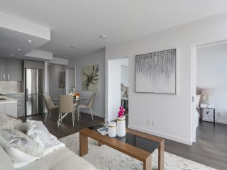 Photo 10: 803 955 E HASTINGS STREET in Vancouver: Hastings Condo for sale (Vancouver East)  : MLS®# R2317491
