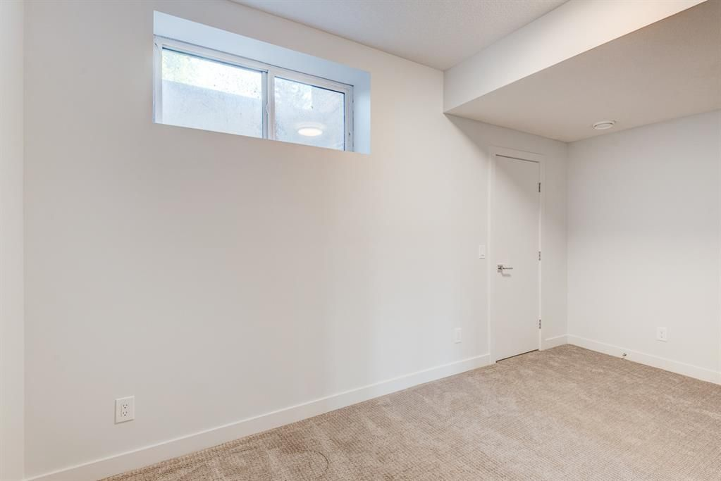 Photo 34: Photos: #1 4207 2 Street NW in Calgary: Highland Park Semi Detached for sale : MLS®# A1111957
