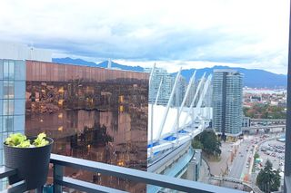 "Photo 4: 3307 33 SMITHE Street in Vancouver: Yaletown Condo for sale in ""COOPERS LOOKOUT"" (Vancouver West)  : MLS®# R2212690"