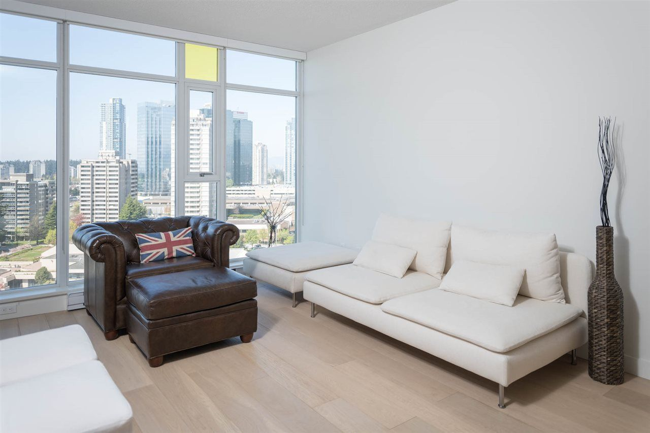 """Photo 8: Photos: 2106 6588 NELSON Avenue in Burnaby: Metrotown Condo for sale in """"The MET"""" (Burnaby South)  : MLS®# R2263344"""