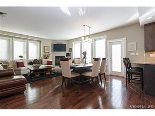 Photo 8: 2 9926 Resthaven Dr in SIDNEY: Si Sidney North-East Row/Townhouse for sale (Sidney)  : MLS®# 665407