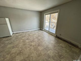 Photo 3: 1341 WASCANA Street in Regina: Washington Park Residential for sale : MLS®# SK841534