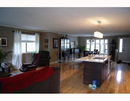 """Photo 5: Photos: 1339 STEEPLE Drive in Coquitlam: Upper Eagle Ridge House for sale in """"UPPER EAGLE RIDGE"""" : MLS®# V797002"""
