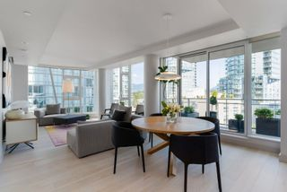 """Photo 6: 601 1499 W PENDER Street in Vancouver: Coal Harbour Condo for sale in """"WEST PENDER PLACE"""" (Vancouver West)  : MLS®# R2605894"""