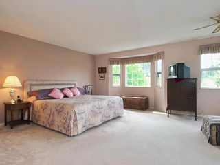 Photo 10: 4 6061 W Boundary Drive in Surrey: Boundary Drive to Railroad Townhouse for sale : MLS®# F2819610