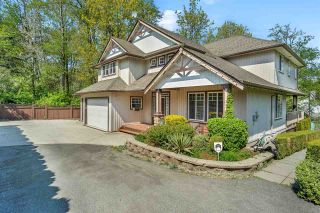 Photo 1: 13719 114 Avenue in Surrey: Bolivar Heights House for sale (North Surrey)  : MLS®# R2573350