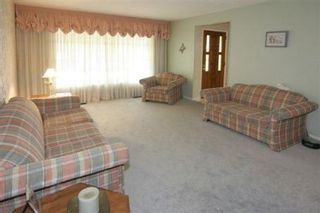 Photo 2:  in Pickering: Freehold for sale : MLS®# E1212310