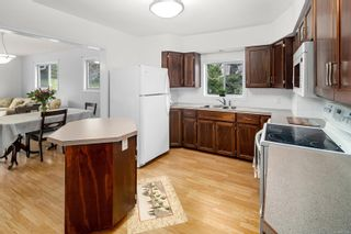Photo 10: 1916 W Burnside Rd in : SW Granville House for sale (Saanich West)  : MLS®# 877184