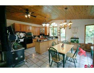 """Photo 6: 49937 ELK VIEW Road in Sardis: Ryder Lake House for sale in """"S"""" : MLS®# H2804895"""