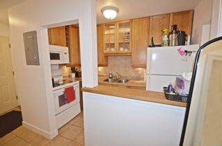 Photo 3: 2564 Highland Blvd in : Na Departure Bay Row/Townhouse for sale (Nanaimo)  : MLS®# 878325