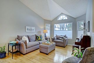 Photo 4: 24 Scenic Ridge Crescent NW in Calgary: Scenic Acres Residential for sale : MLS®# A1058811