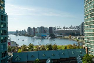"""Photo 1: 1105 1159 MAIN Street in Vancouver: Downtown VE Condo for sale in """"City Gate II"""" (Vancouver East)  : MLS®# R2419531"""