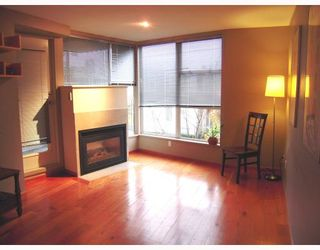 """Photo 2: 204 638 W 7TH Avenue in Vancouver: Fairview VW Condo for sale in """"OMEGA CITY HOMES"""" (Vancouver West)  : MLS®# V798898"""