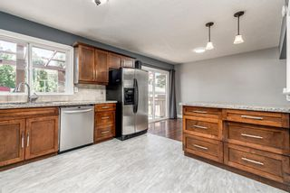 Photo 7: 217 Westminster Drive SW in Calgary: Westgate Detached for sale : MLS®# A1128957