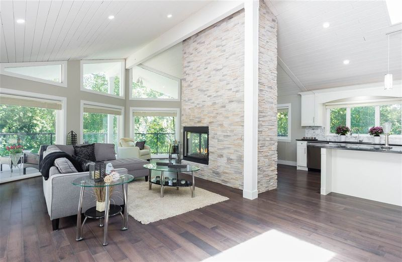 FEATURED LISTING: 24275 52 Avenue Langley