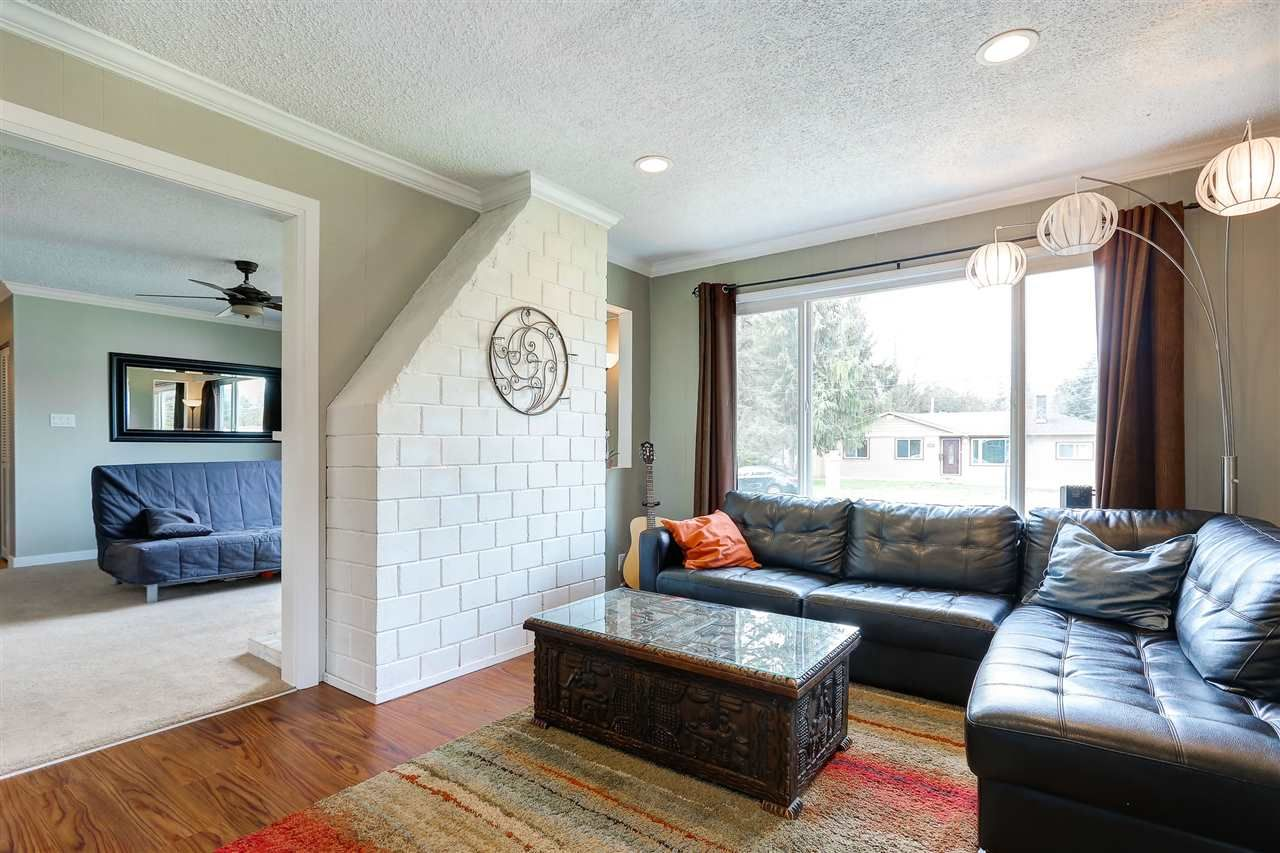 Photo 4: Photos: 11632 STEEVES STREET in Maple Ridge: Southwest Maple Ridge House for sale : MLS®# R2038534