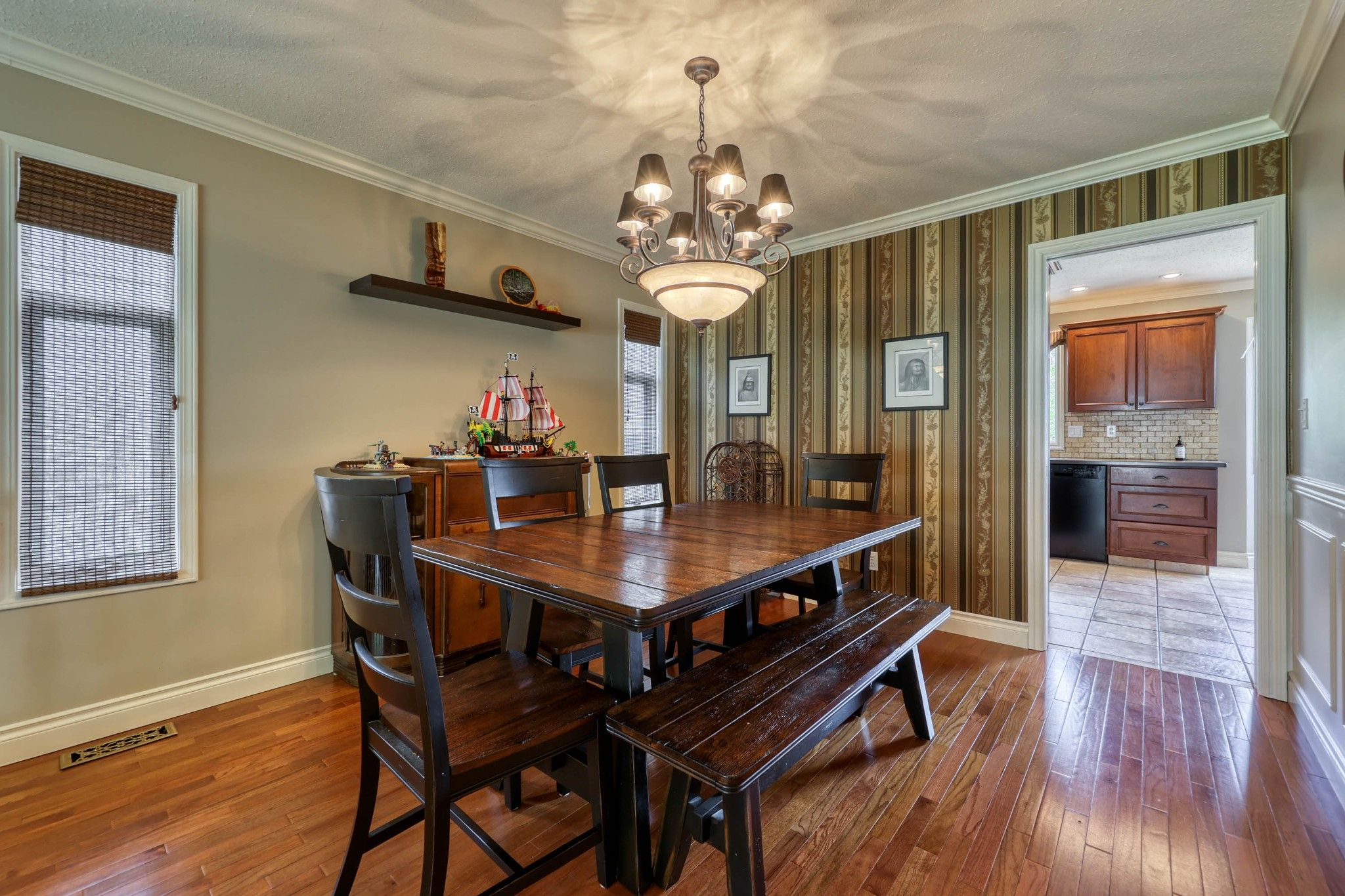 Photo 9: Photos: 2816 Capilano Drive in Kamloops: Juniper Heights House for sale : MLS®# 162002
