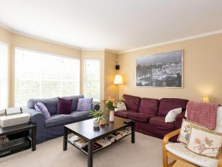 """Photo 3: 202 2355 W BROADWAY in Vancouver: Kitsilano Condo for sale in """"CONNAUGHT PARK PLACE"""" (Vancouver West)  : MLS®# R2464829"""