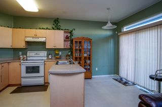 Photo 10: 6736 184 STREET in Surrey: Cloverdale BC 1/2 Duplex for sale (Cloverdale)  : MLS®# R2180255