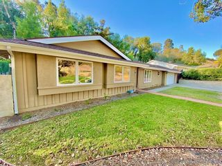 Photo 2: UNIVERSITY CITY House for rent : 3 bedrooms : 5550 Honors Dr in San Diego